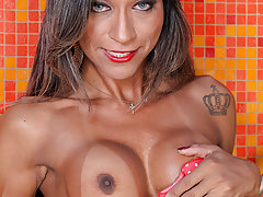 Watch the gorgeous Bruna Santos in this solo tranny shecock stroking scene!