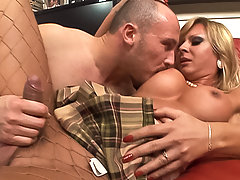 Beautiful blonde tranny fucks!